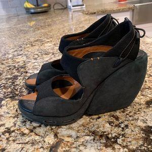 Nike Air G Platform Sandals Size 7 B